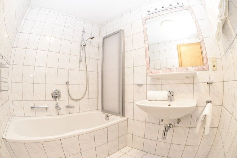 Badezimmer Apartment Typ B
